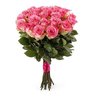 25 нежно-розовых роз
